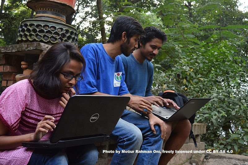 Bengali Wikipedians at Wikipedia 15 good article edit a thon and adda Chittagong 2 16